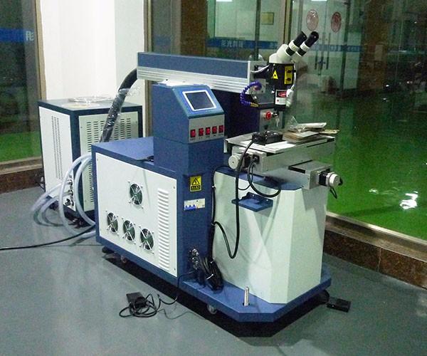 产品_0000_激光焊接机.jpg