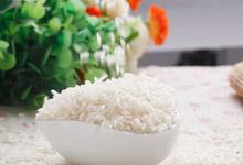 哇啊~ 原来大米还可以这样煮,味道也是很棒~