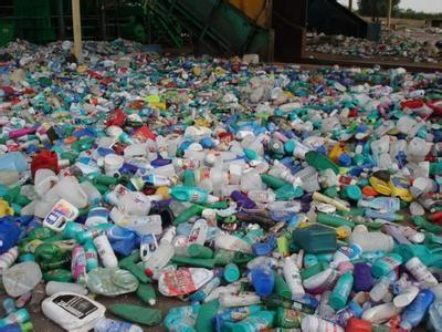 废塑料回收1