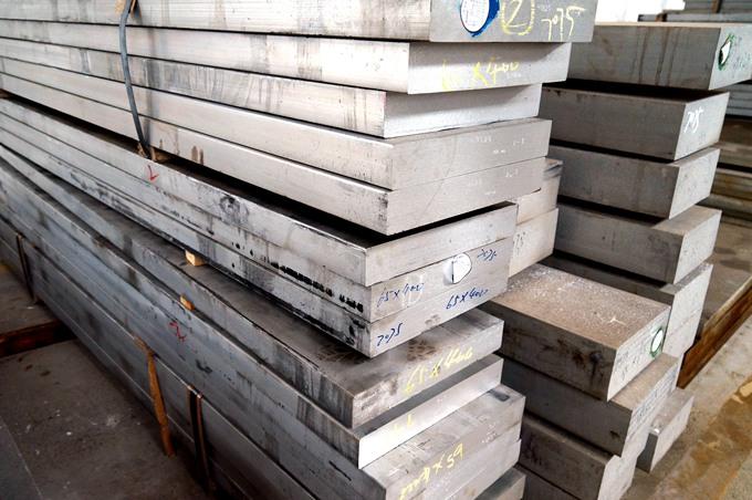 铝型材挤压过程中产生的一般变形及解决办法