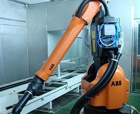 立式机器人在线喷涂