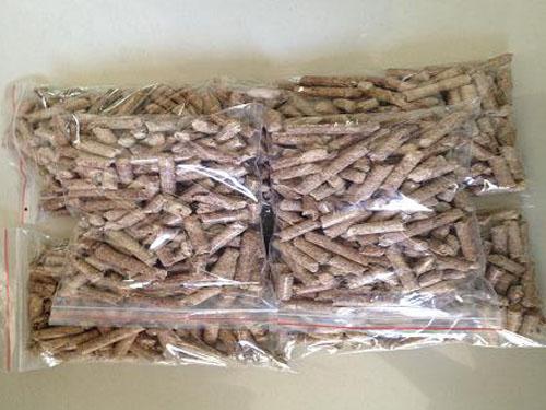 松木木屑生物质颗粒