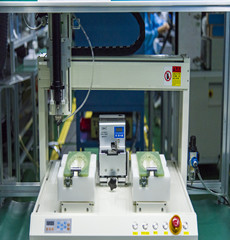 车载生产精密设备10