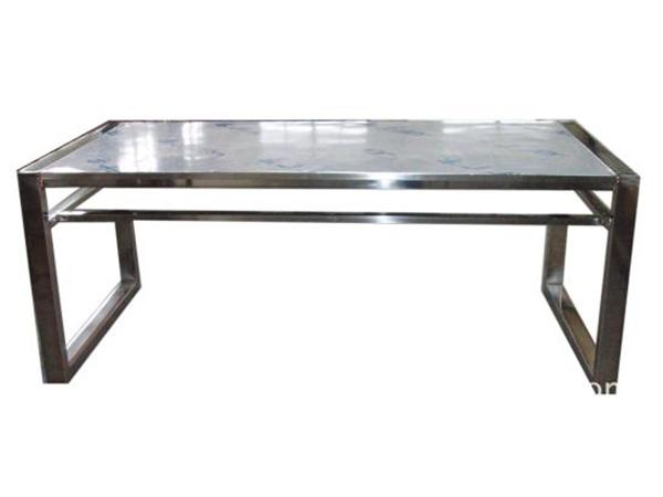 不锈钢桌子dgxgy基于时尚美学的熏陶而设计在生产加工时融入现代元素