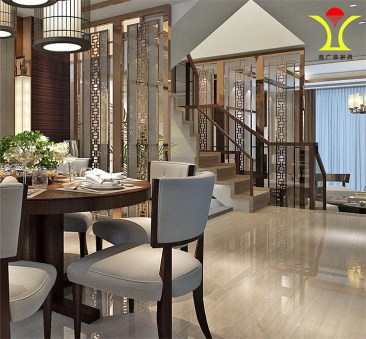 餐饮桌椅在琳琅满目的餐饮鑫设施中第一时间吸引住客户的眼球吸引客源|鑫广意