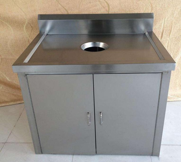 钢制残食台倾倒垃圾方便快捷避免手与垃圾桶的直接接触滑轮减轻劳动量-鑫广意