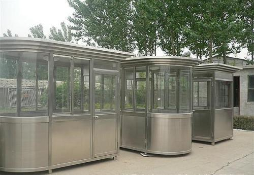 不锈钢岗亭{dgxgy168}根据环境气候等因素科学合理规划让岗亭的功能充分发挥出来