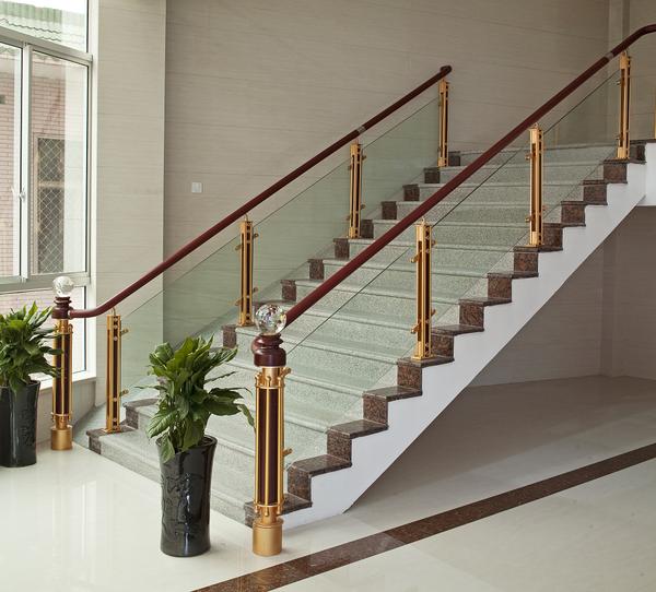 钢制楼梯护栏扶手-鑫广意通过设计为您的家居装修增加价值不菲的艺术附加价值