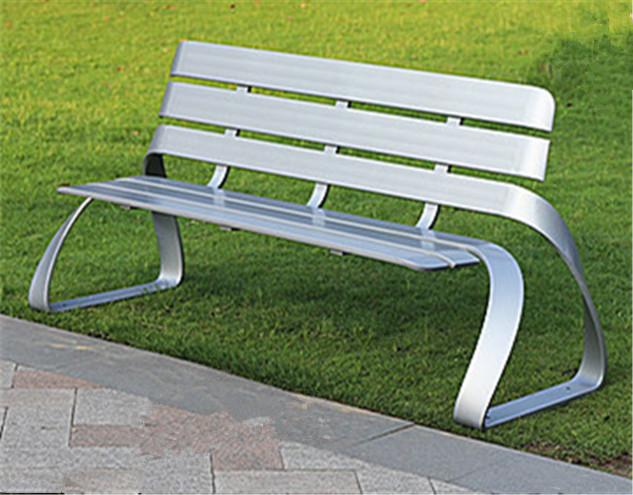 不锈钢长椅子结构牢固所有焊接口全部打磨光滑再静电喷涂-鑫广意