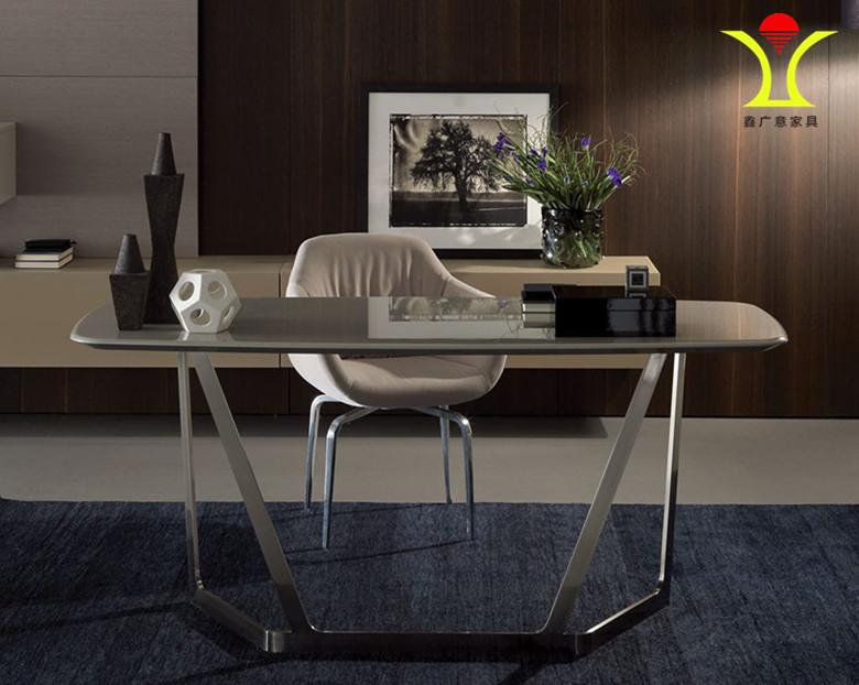 金属电脑桌[鑫广意]灵动的manbetx体育 线条与高雅色彩相互交叠