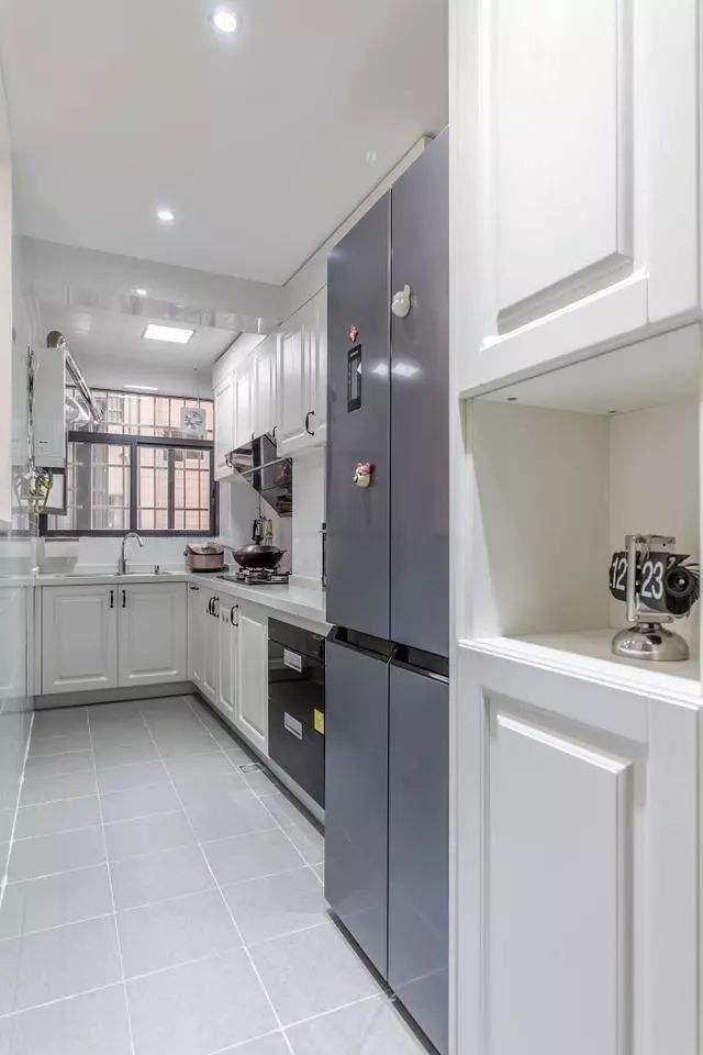不锈钢厨房吊柜规格通常如何确定?过高过低会令人疲累鑫广意建议适合身高