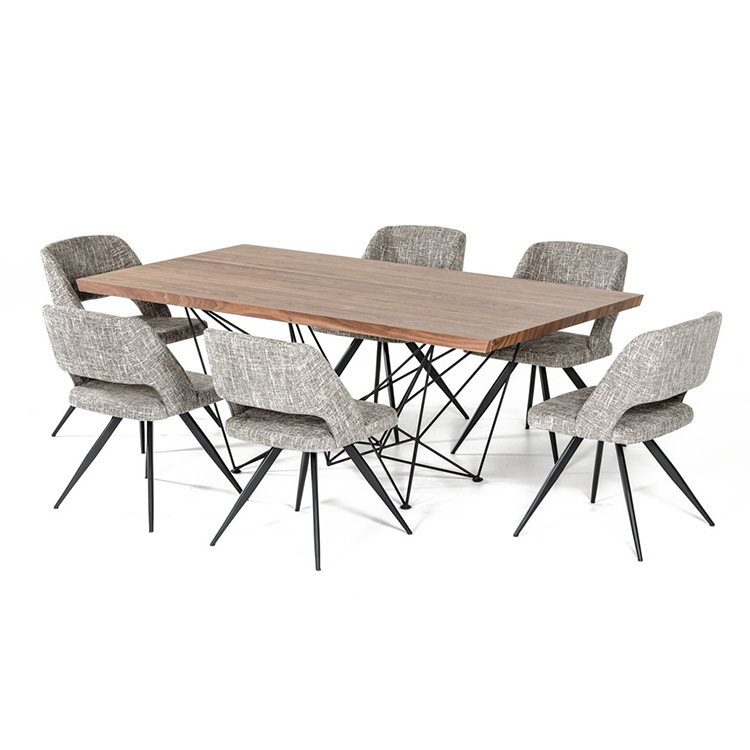 鑫广意不锈钢快餐桌椅使用不同颜色规格创造不同的环境也带给人不同的感觉