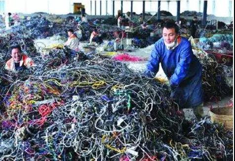 一个废品回收人的自白:我就是收废品的,怎么了?