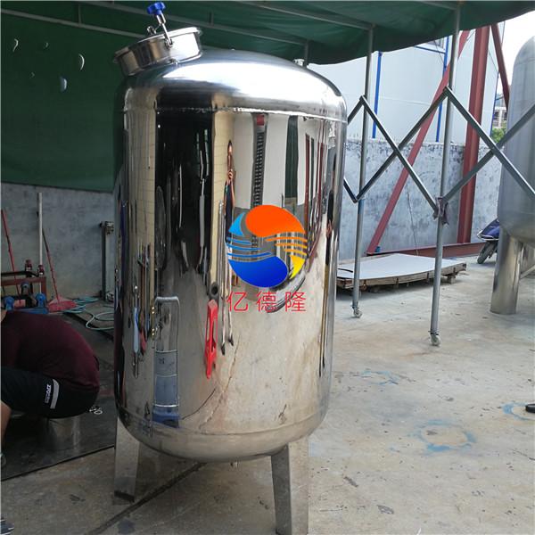 无菌水箱 1吨