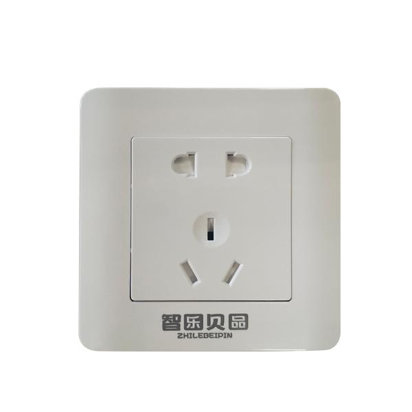 标准白5孔插座