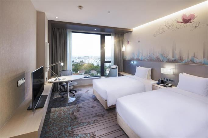 广东酒店家具厂精心打造性价比高且舒适的酒店大床-鑫广意