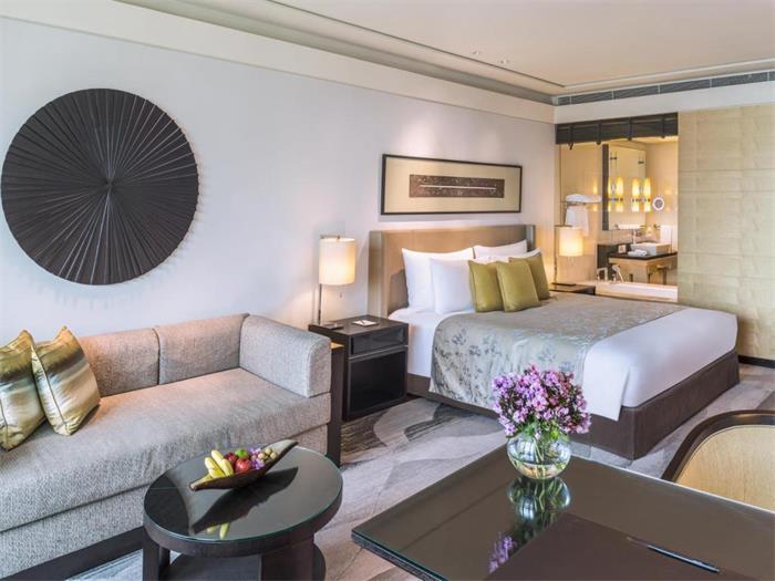 钢木家具定制厂家鑫广意以独特的设计思路带来明媚清新之感的酒店钢木家具