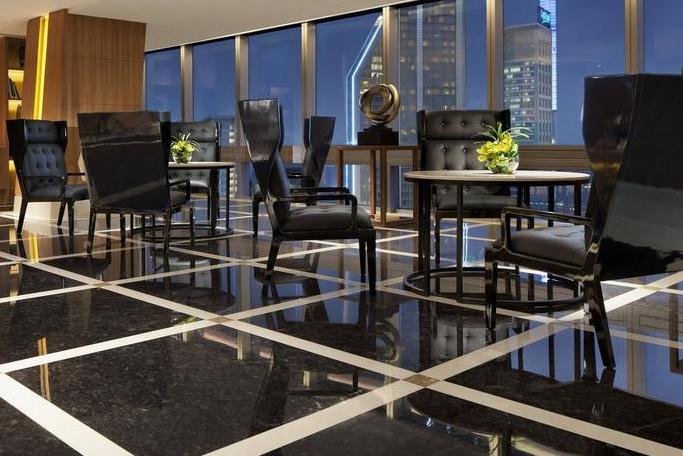 鑫广意不锈钢家具特有的色彩之美向入住宾客传达愉悦的心理信息
