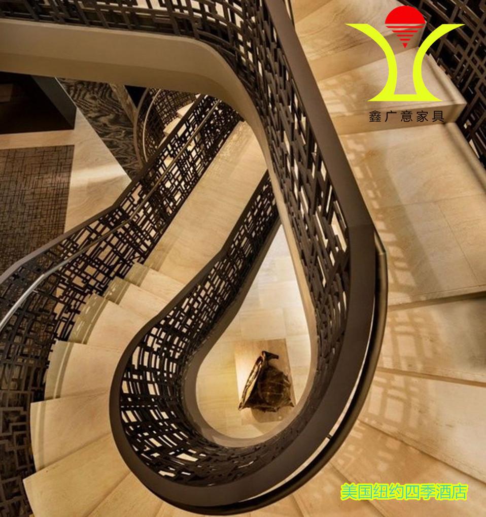 购物中心楼梯