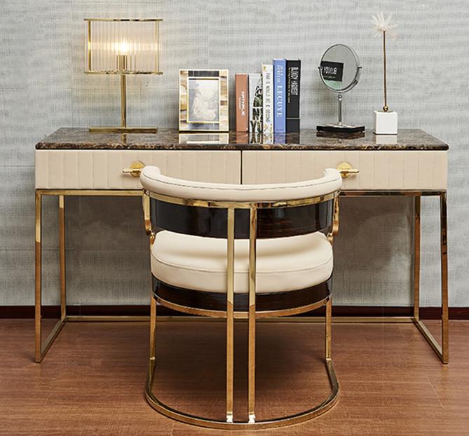 鑫广意五金家具厂以饱含人文内涵的创意设计解决家具缺乏自身特色的弱项