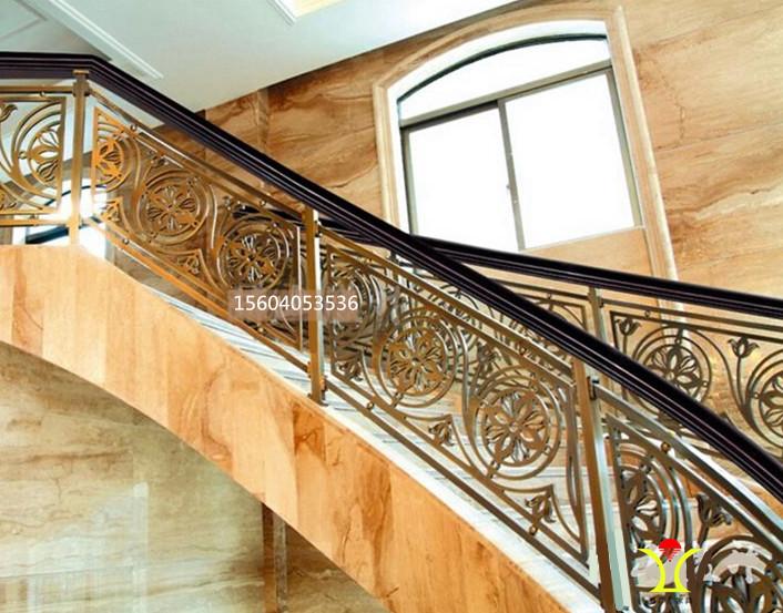 镀金楼梯-鑫广意采用灵巧造型为酒店会所创造不动声色的奢华