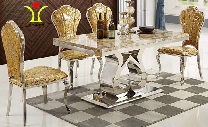 鑫广意不锈钢西餐桌椅坚固耐用实用方便配套和谐美观因此受到了大家的欢迎