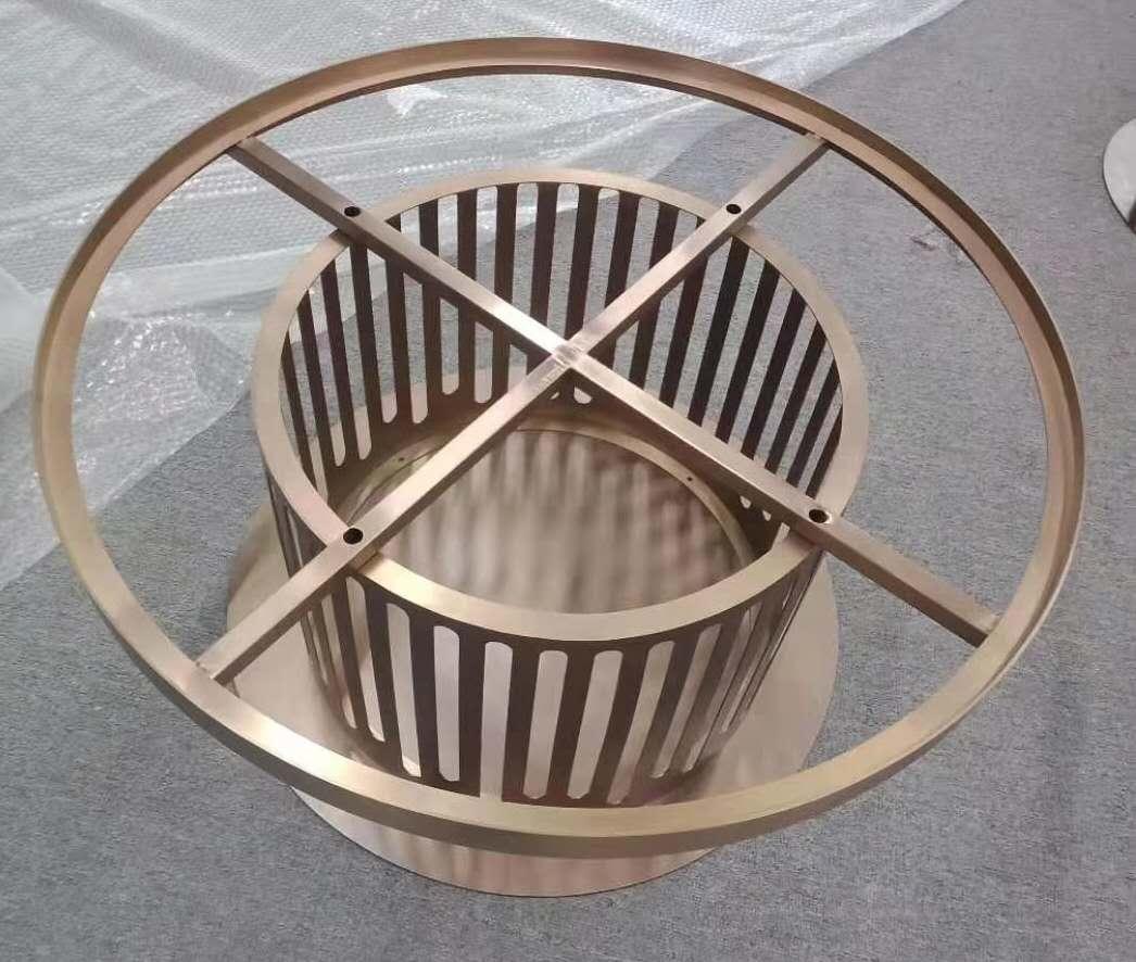 金屬家具選用了一個非常合適的角度每個配件做得都很光滑沒有變形和扭曲的問題