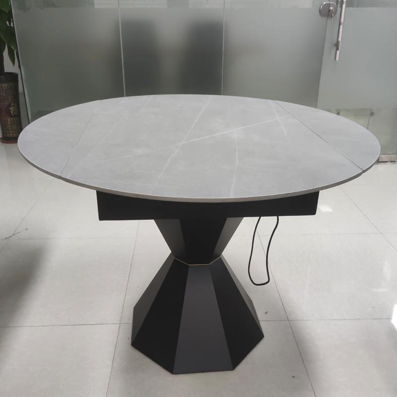 """鑫广意岩板餐桌防热防冻耐化学品可谓是""""跨界打劫""""是人们的新选择"""
