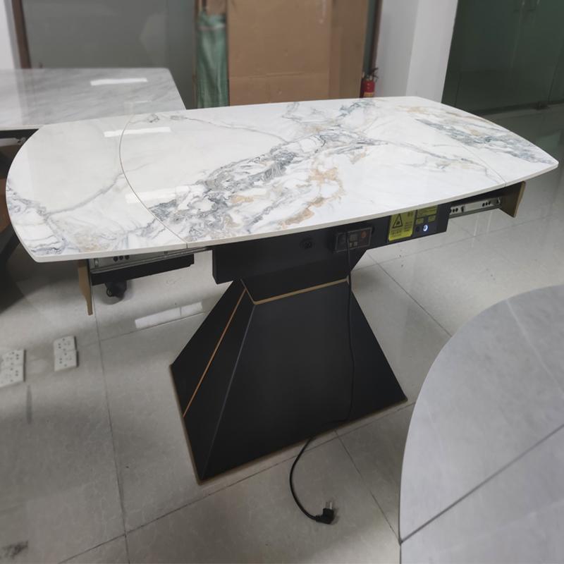 不锈钢餐桌椅造型简洁大方奢华质感为视觉和感官注入了更多张力|鑫广意