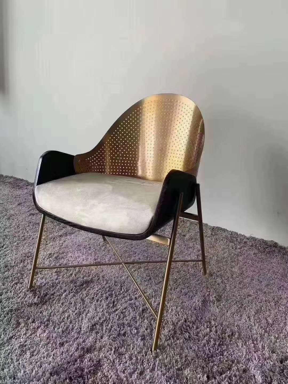 不锈钢桌椅{鑫广意}温馨视觉感受也都成为了难以拒绝的另外一种风格