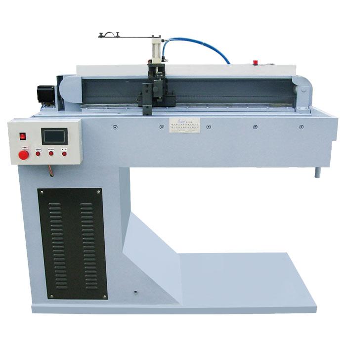 自动氩弧焊直缝焊机