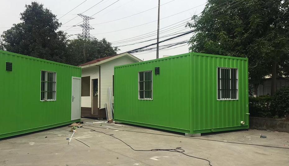绿色波浪箱房