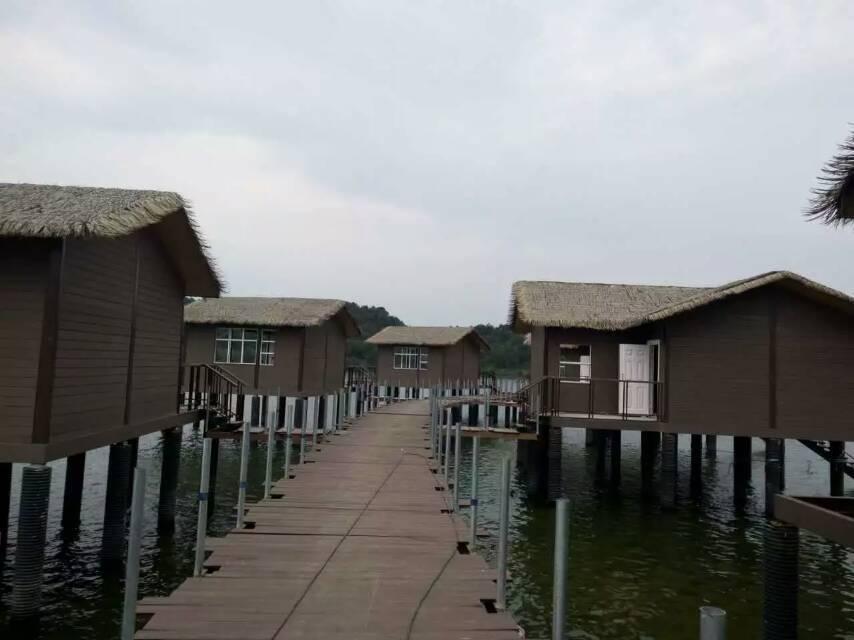 钢结构海边度假屋