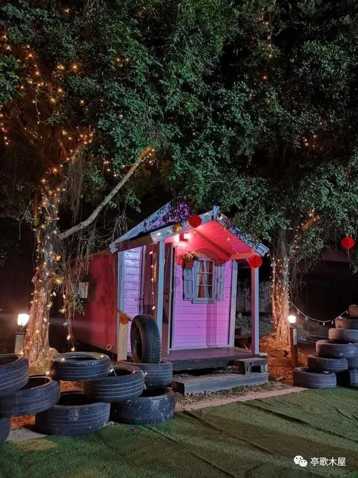 寻一片净土,建一栋梦中的木屋,四季三餐两人一屋......